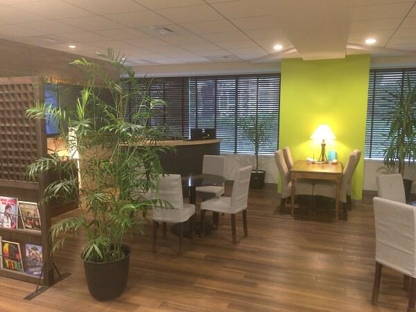 いい就職プラザはカフェのような居心地の良い空間